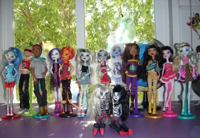 Algunas de las Monster High de la hija de Yoli
