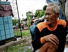 فقراء إندونيسيا يتحوّلون لمزارات سياحية