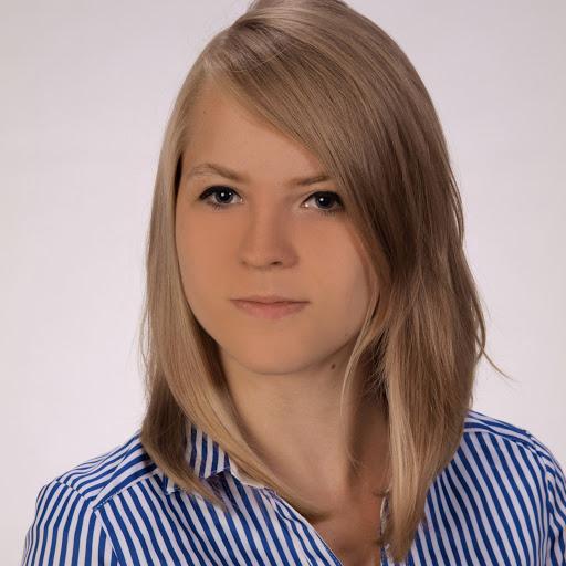 Angela Dziedzic