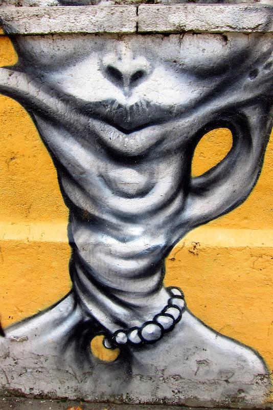 twisty neck