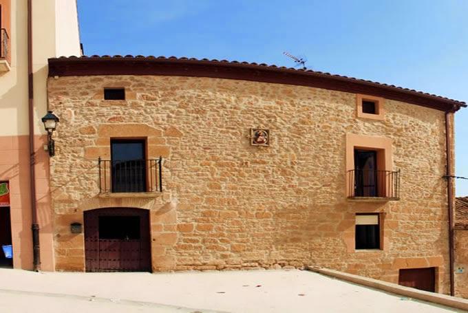 Albergue de peregrinos La Casa Mágica, Villatuerta, Navarra, Camino de Santiago