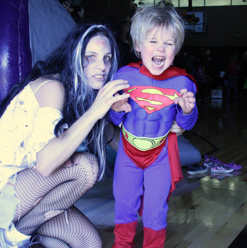 Mommy Zombie attacks Superman