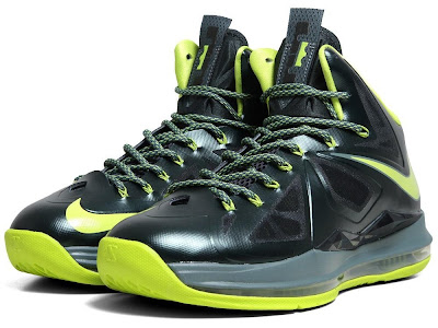 nike lebron 10 gr atomic dunkman 7 01 Detailed Look at Upcoming Nike LeBron X Atomic Dunkman