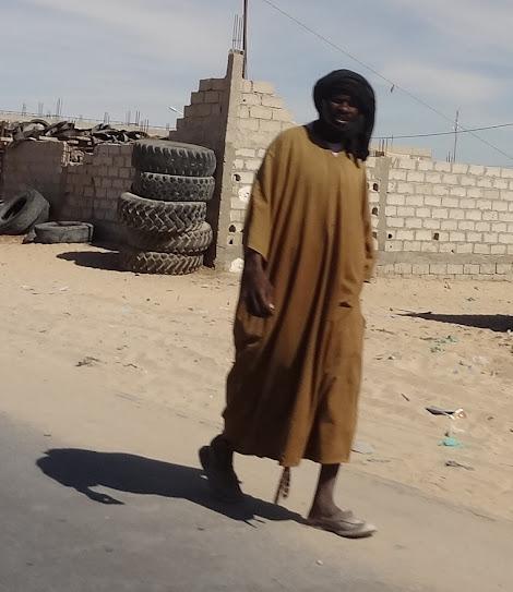 Marrocos e Mauritãnia a Queimar Pneu e Gasolina - Página 7 DSC05986