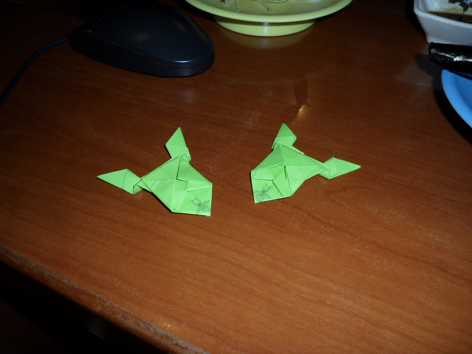 Just Being Shuyan: Fold paper frogs for a good cause at ... - photo#8
