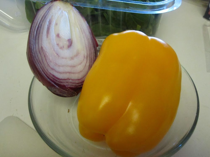 red onion and yellow pepper