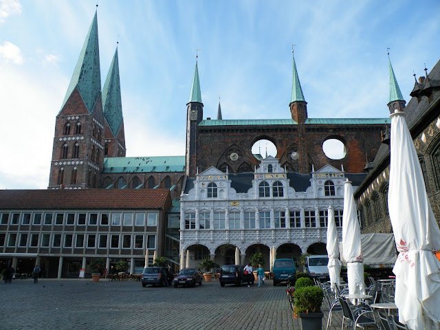 Sightseeing in  Lubeck Altstadt The Town Hall and Market Square -  Lübecker Rathaus , Germany, visiting things to do in Germany, Travel Blog, Share my Trip