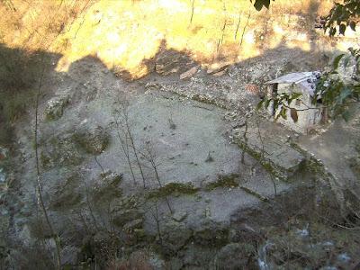 tanto freddo nelle anime di Segusino alla valle dei mulini, sotto Riva grassa.    http://justpaste.it/segusino http://www.scribd.com/doc/79076954/Segusino-e-La-Valle-Dei-Mulini-Gian-Berra-Gianberra-Milies-Stramare