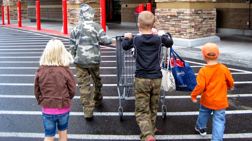 grocery shopping without stress