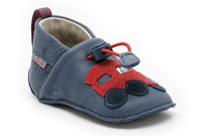 I have just discovered pram shoes - new baby shoes - from Clarks 77c29ca39187