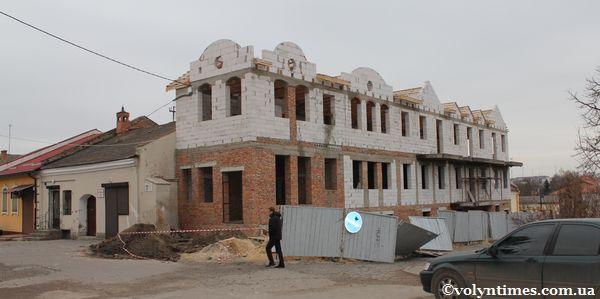 Будинок на Драгоманова, 11б - грудень 2011 р.