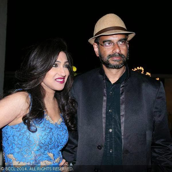 Sanjoy Nag and Rituparna Sengupta during a shoot warp up party of movie Parapar, held in Kolkata.