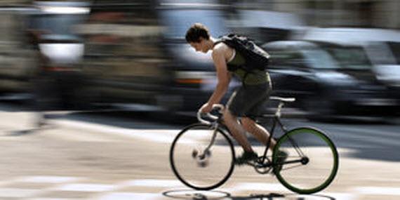 ¿Dónde se respira aire más contaminado: coche, metro o bici?