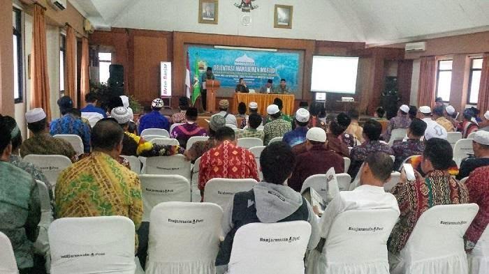 DMI Kalsel Gelar Pelatihan Orientasi Manajemen Masjid .