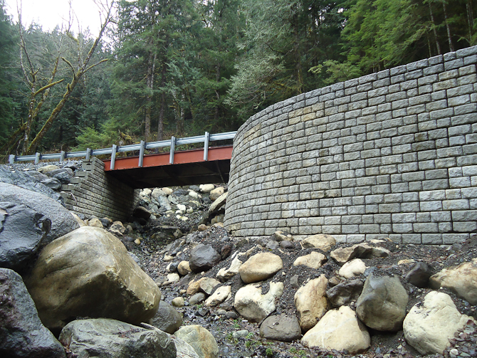 Redi-Rock Walls for Landslide Repair