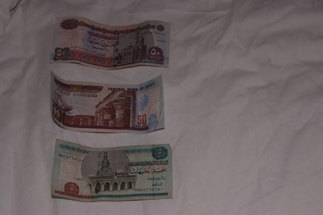 فى مصر الرجل تدب مكان ماتحب ( خاص من أمواج ) 100605-140132-f
