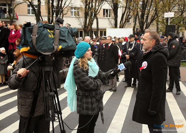 Wojciech Szczurek udziela wywiadu telewizji TTM