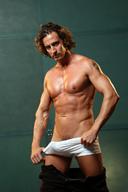 Muscle Hunk Tony De Sergio