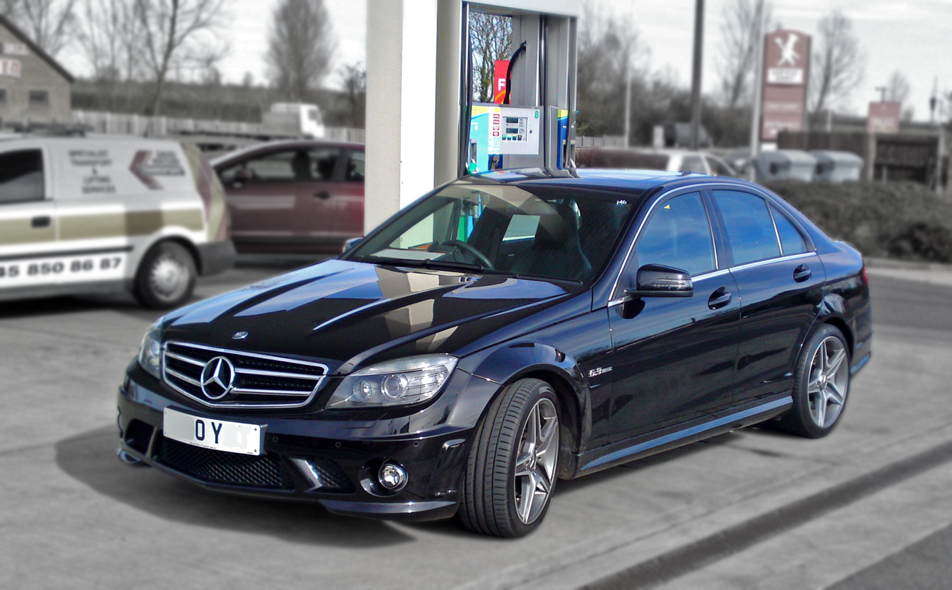 Chris Haining Writes Driven 25 C63 Amg Vs C350cd