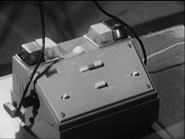 Прибор электрофиксации уколов. СССР, 80-е годы.