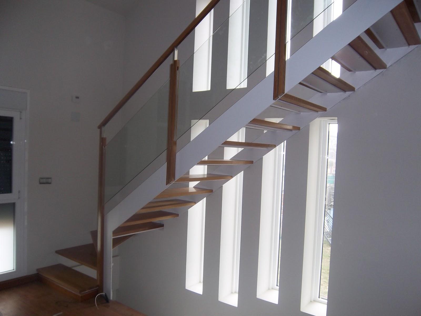 Norbel carpinteria met lica y acero inoxidable escalera - Escaleras de cristal y madera ...