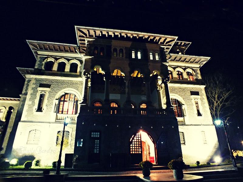 castelul cantacuzino busteni noaptea