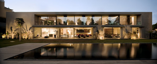 House in Estoril design by FVArquitectos Architecture
