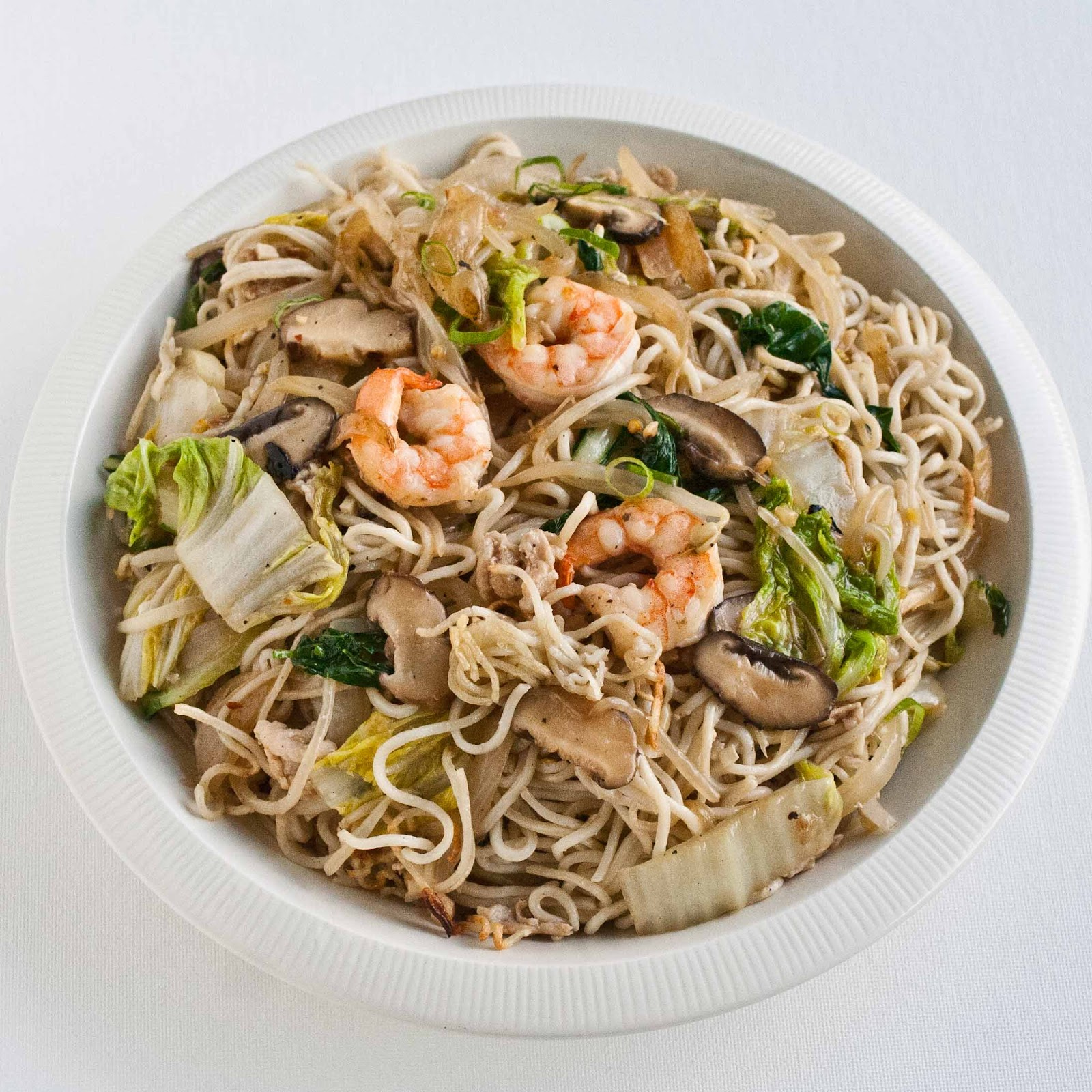 Brilliant Foodjimoto Chow Mein With Pan Fried Noodles Home Interior And Landscaping Pimpapssignezvosmurscom