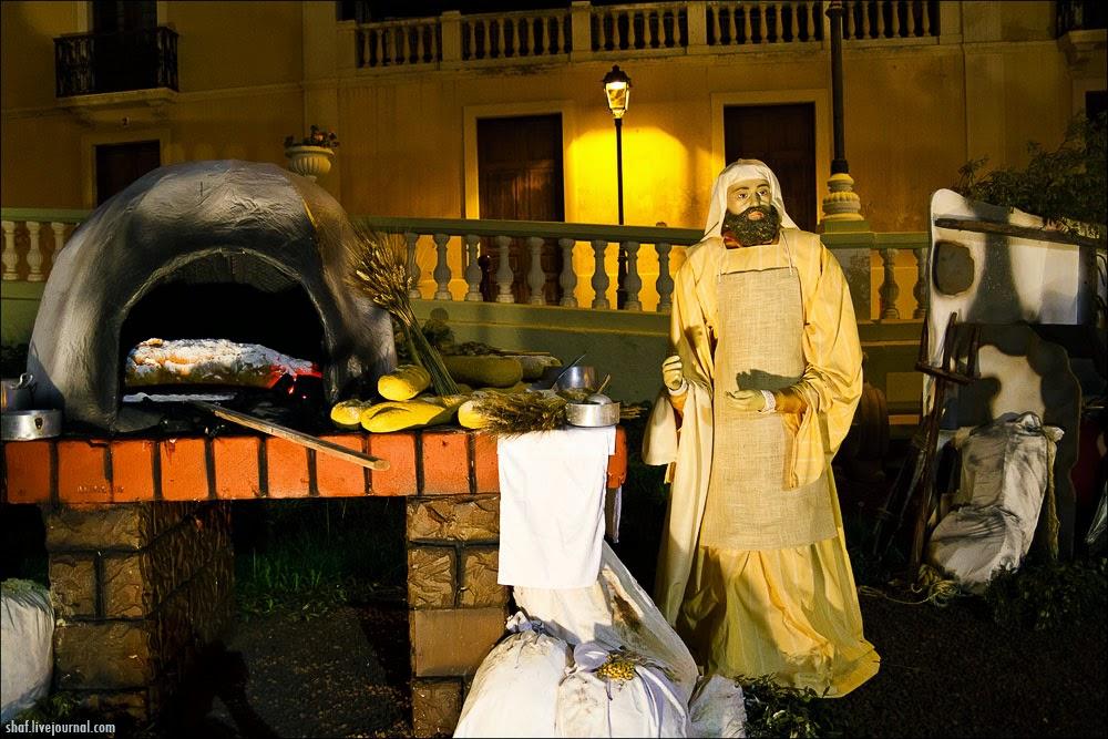 http://lh6.googleusercontent.com/-VvU0Vzca9nM/VII_IsMNuWI/AAAAAAAALqw/Jx9_9cz0mJU/s1600/20121218-195518_Tenerife_La_Orotava_Betlem.jpg