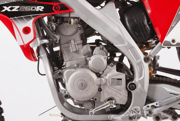 250cc XZR Dirt Bike Watercooled Engine