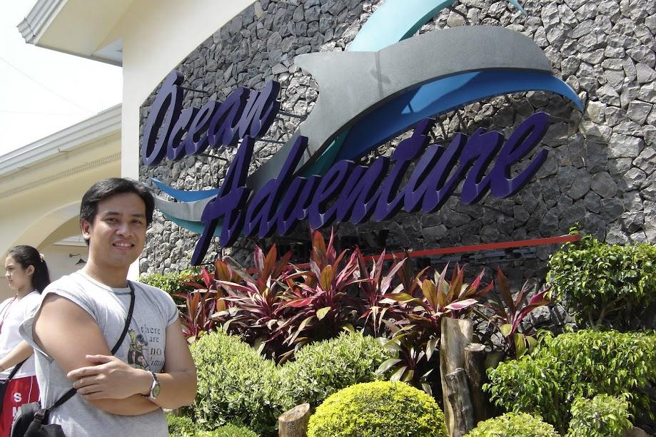 PauTravels in front of Ocean Adventure in Subic Bay Freeport
