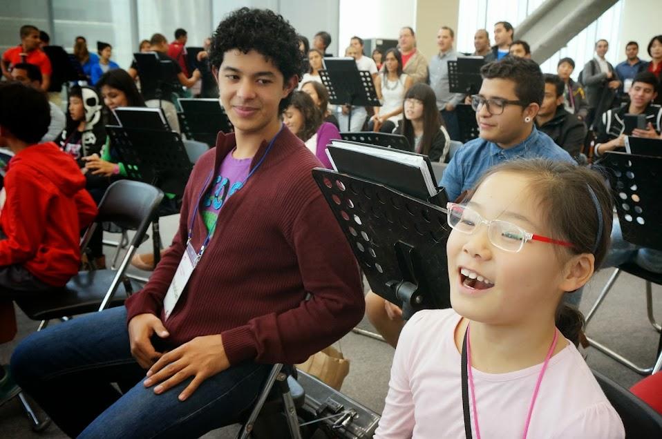 Los niños coreanos pertenecen a la llamada Orquesta de los Sueños, principal agrupación de El Sistema Corea, el cual está inspirado en el modelo venezolano