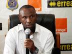Le sélectionneur adjoint des Léopards, Florent Ibenge, lors d'une conférence de presse au siège de la Fédération congolaise de football association (Fecofa) le 18 août à Kinshasa. Photo Radio Okapi/John Bompengo
