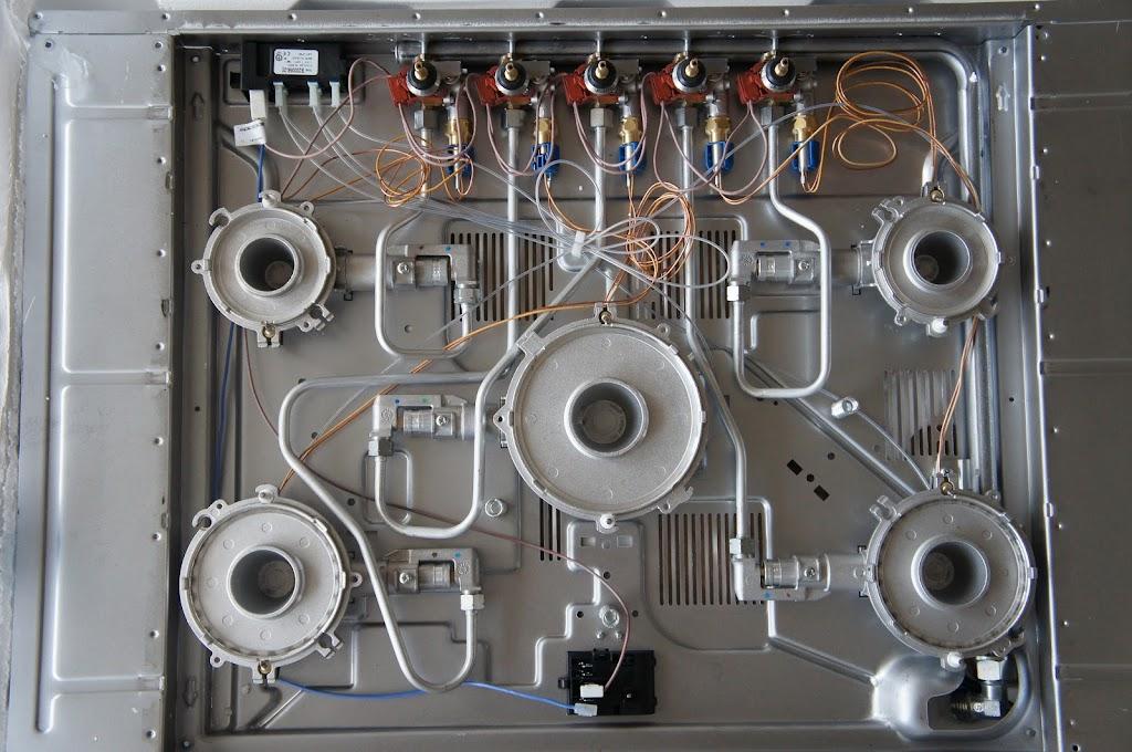 forum arredamento.it ?piano cottura hotpoint ariston con direct flame - Ricambi Cucine Ariston
