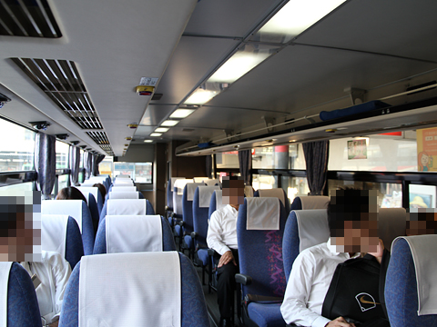 西日本鉄道「ひのくに号」 6025 車内