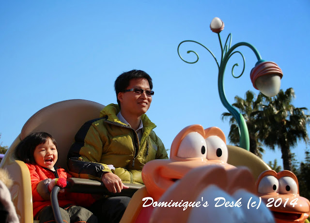 Tiger girl and R on a ride in Tokyo Disneysea