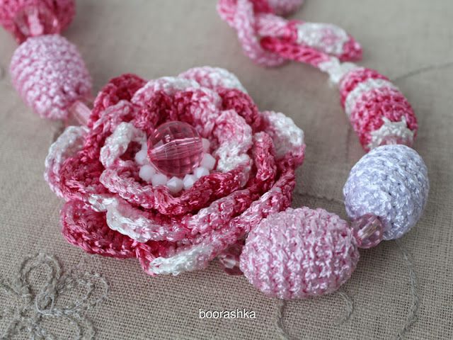 flower crochet necklace