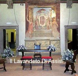 Addobbo matrimonio palazzo Trinci Foligno lavanda