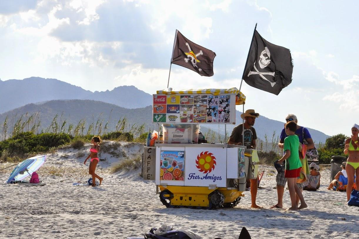 Пираты пляжа Ласинта