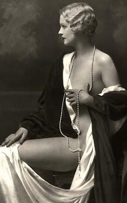 Anais Nin - Page 3 Vintage-nude-115