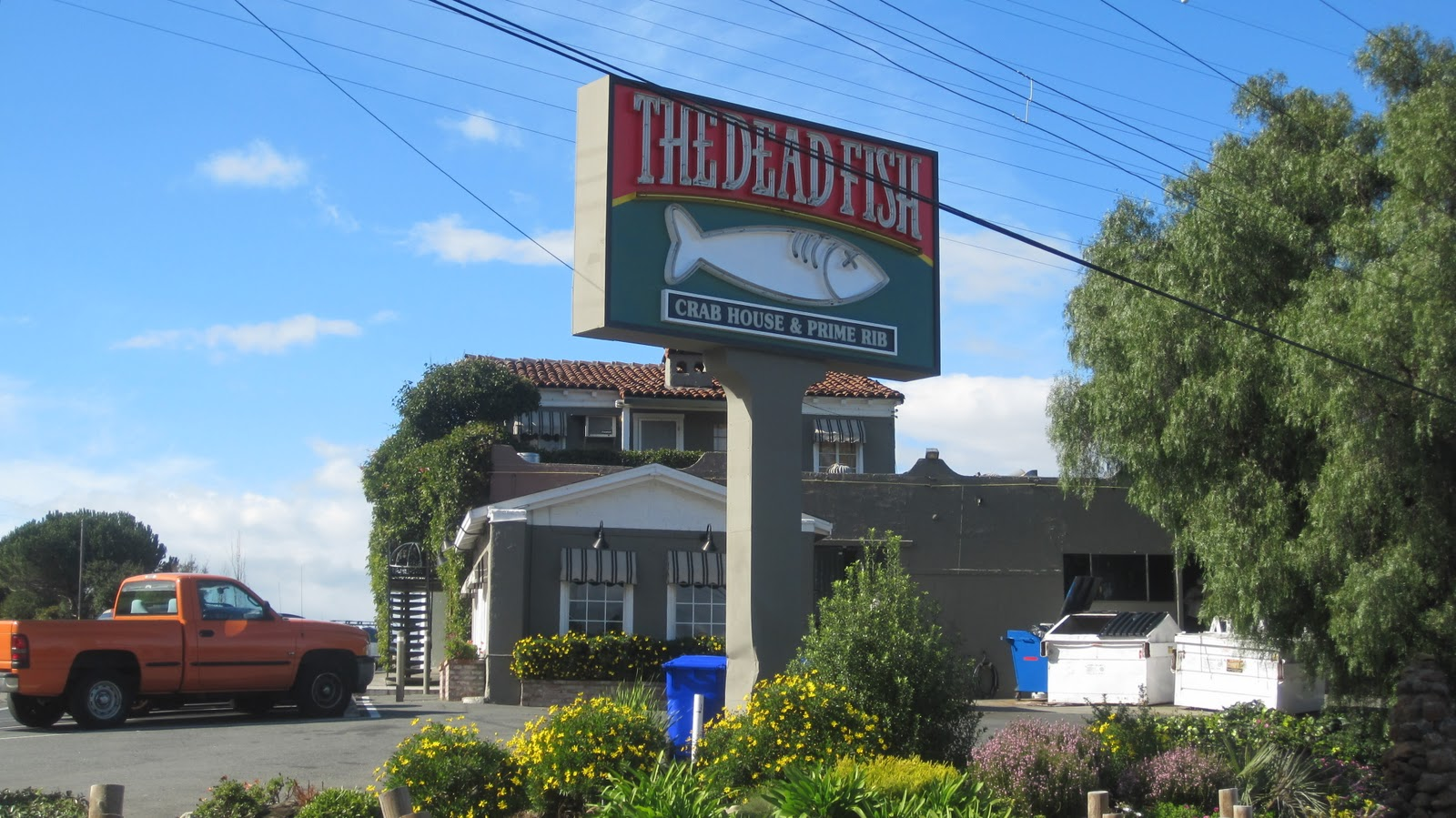 Cannundrums the dead fish crab house and prime rib for Dead fish restaurant