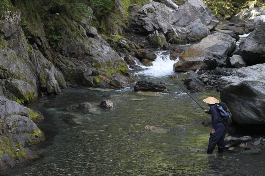 Sebata-san tenkara fishing in remote mountain stream in Japan