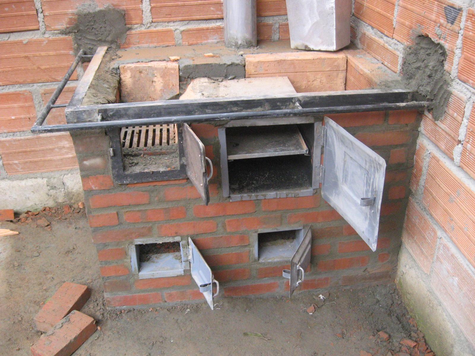 Ituango energia de colombia comenzamos la construccion de for Fogones rusticos en ladrillo
