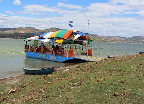 El Ferry La Luna