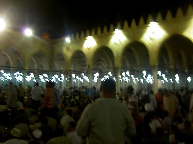 صور رمضان فى القاهرة بين الحسين ومسجد عمر  (( خاص لأمواج )) PICT2737
