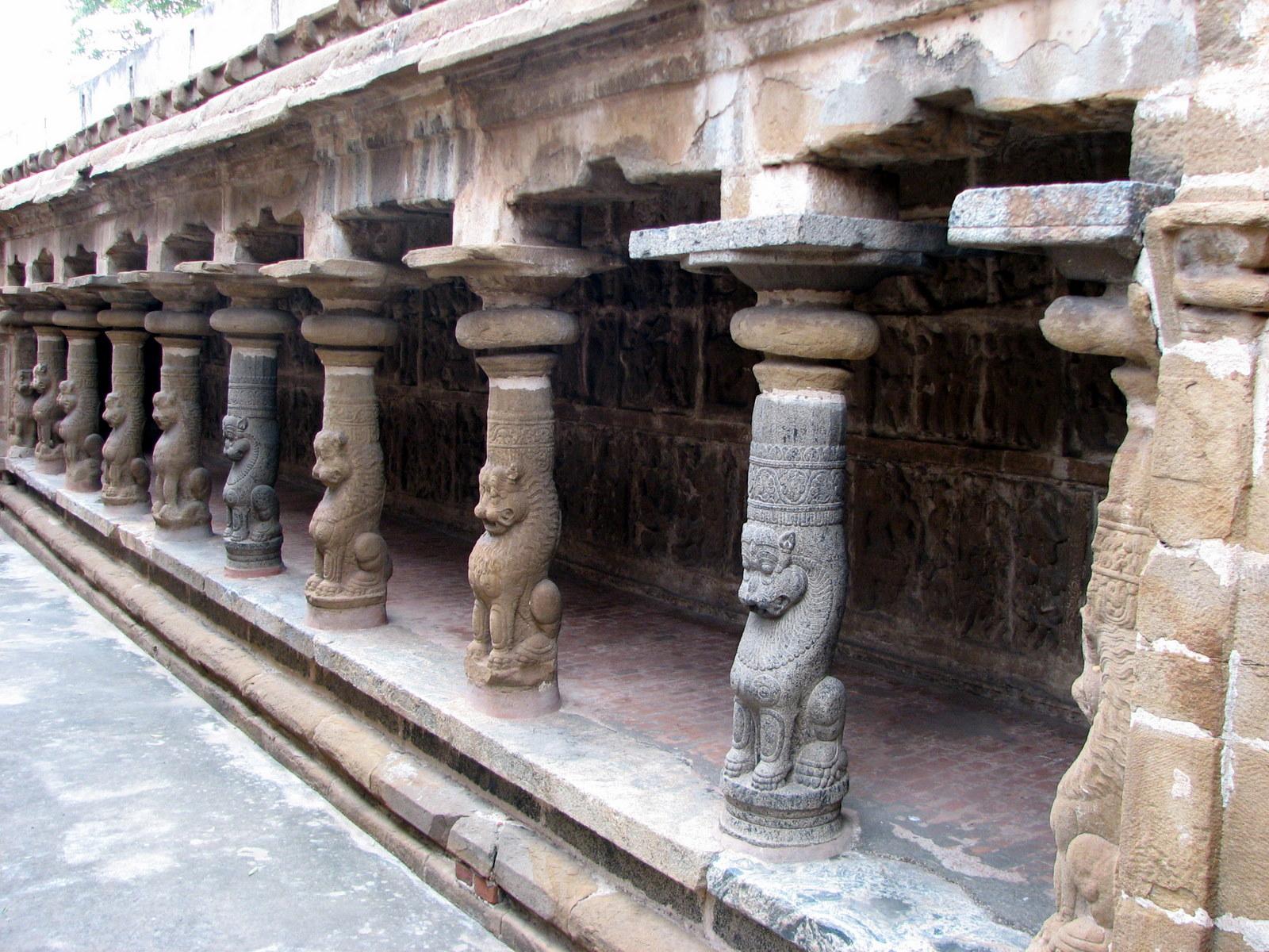 Sri Vaikunda Perumal Temple (Thiru Parameswara Vinnagaram) Kanchipuram - Divya Desam 53