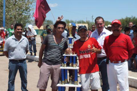 Jabatos, campeón de segunda fuerza en la Liga Municipal de Futbol Soccer