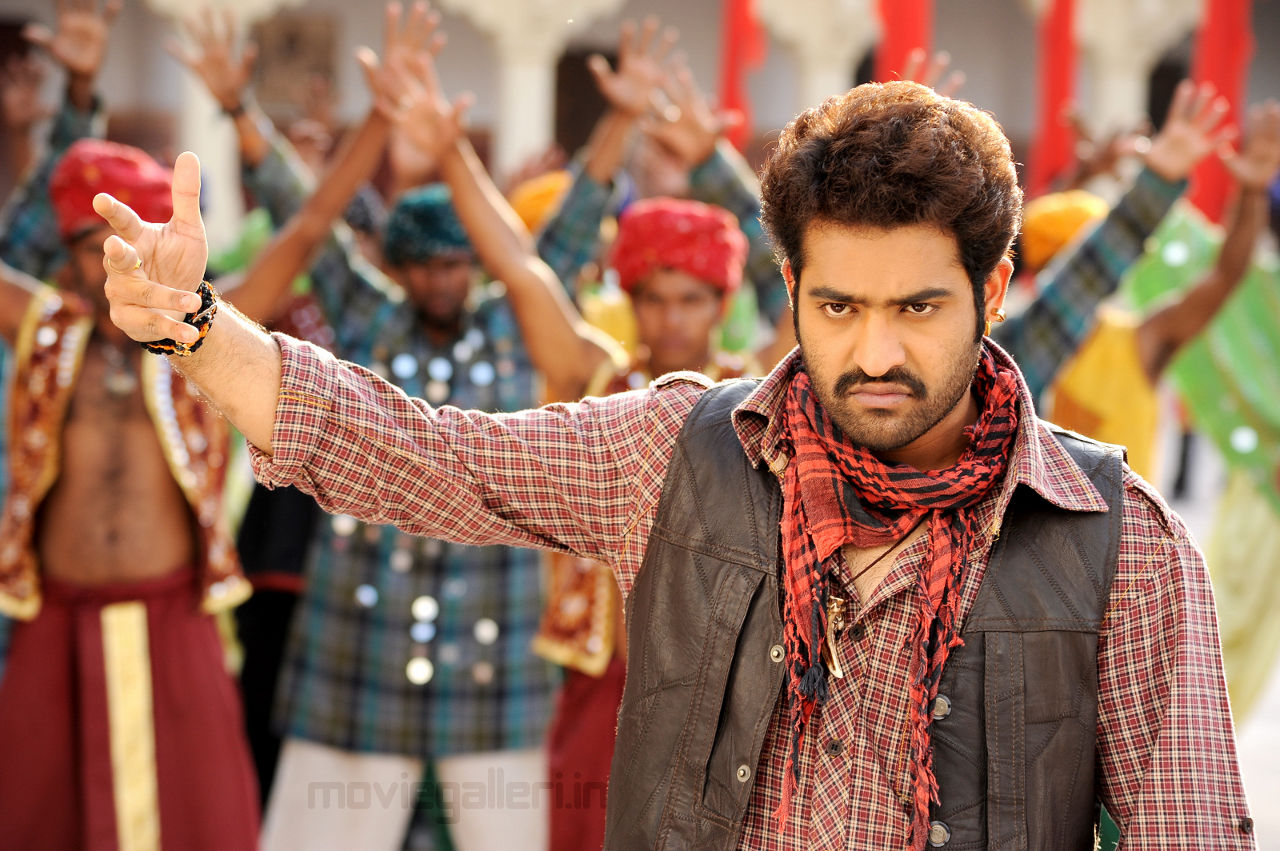 jr ntr ileana shakti movie new stills photo gallery | new movie posters