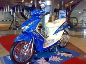 Top modifikasi motor mio soul warna biru