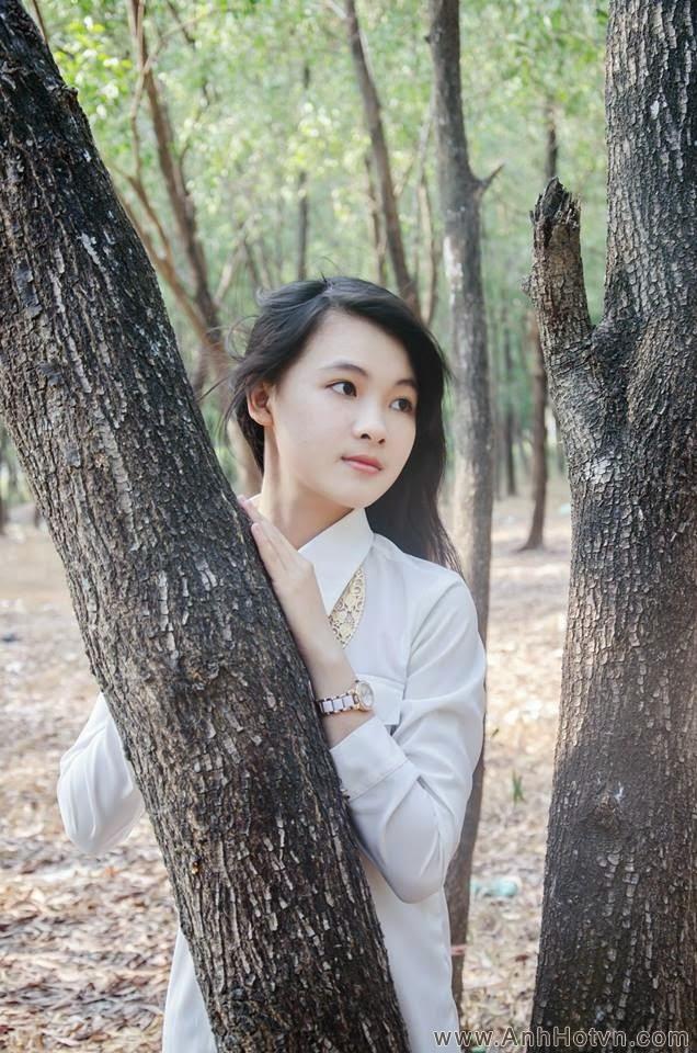 Phạm Quỳnh Vân Anh - Xinh tươi trong nắng